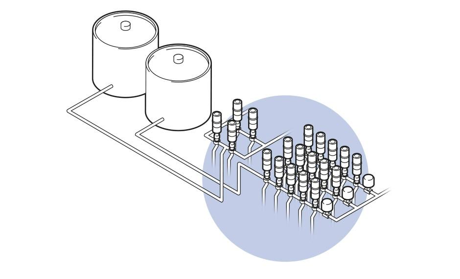 Dreidimensionale grafische Darstellung einer Anlage mit zwei Behältern, Rohren und zwei Ventilfeldern